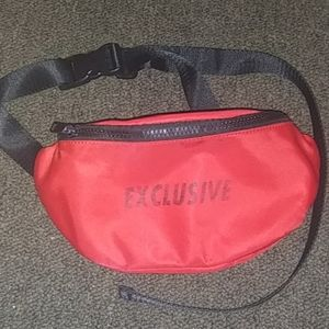 Dollskill red exclusive - buckle fanny pack